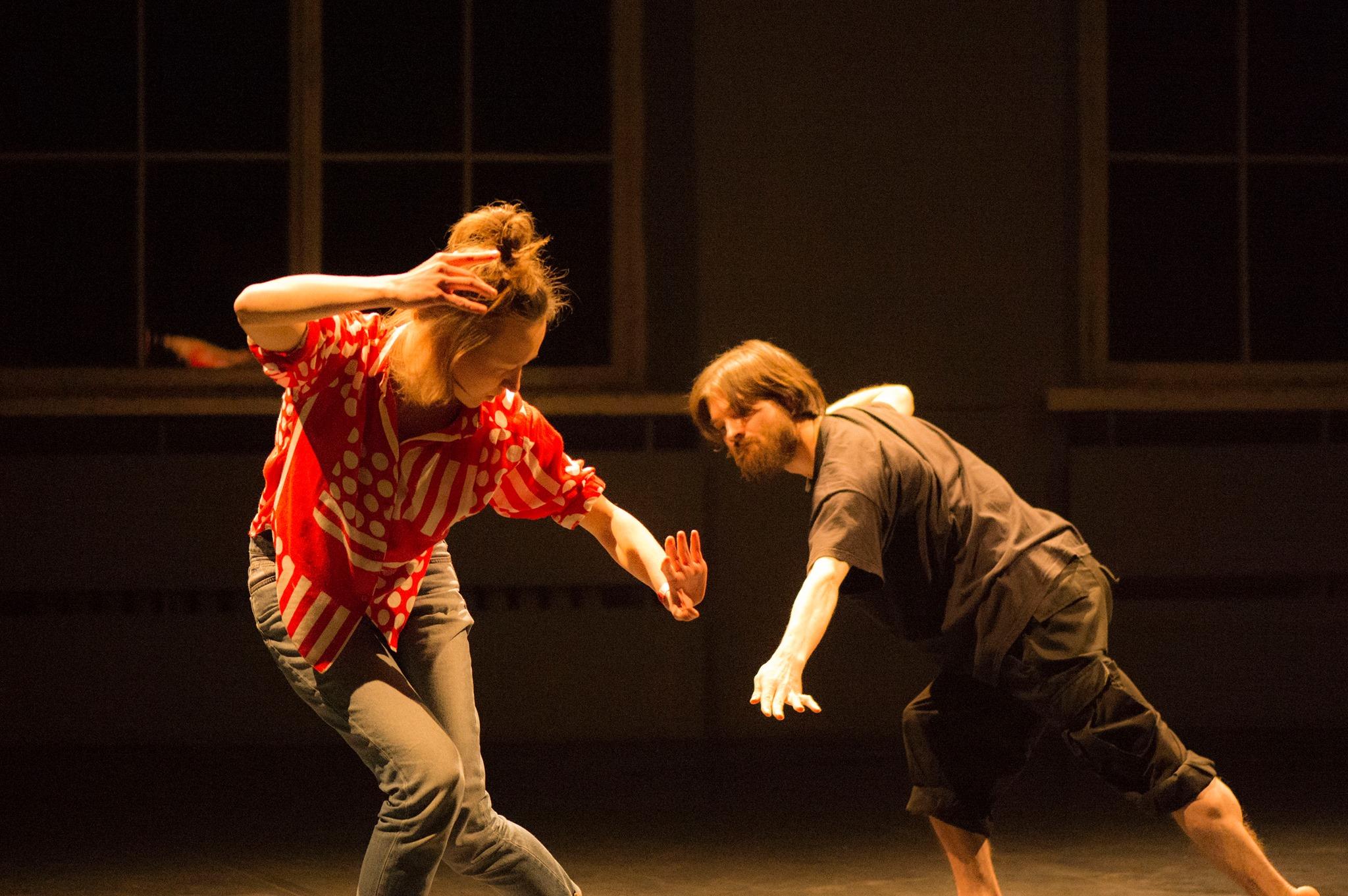 Liikumispraktikum: Kaasaegne keha improvisatsioonilised tantsutunnid